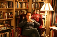 Conquistare dalla prima pagina: 4 domande a Glenn Cooper, un grande autore di libri bestseller -